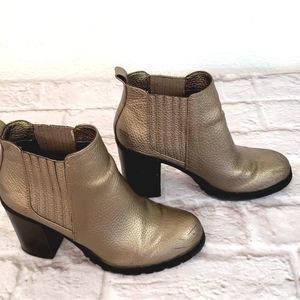 Sam & Libby Metallic Bronze Heeled Boots size 8.5